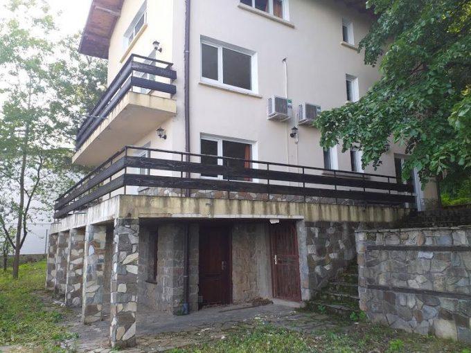 къща за продажба в София, Бояна, фасада